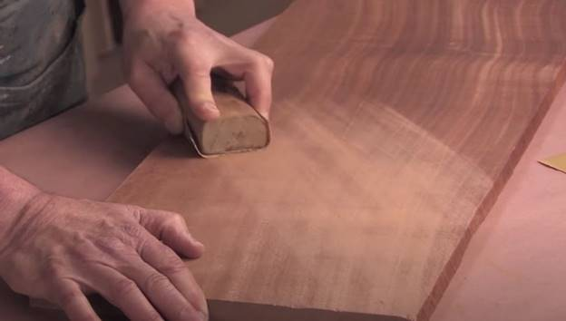 best sandpaper for removing paint from wood